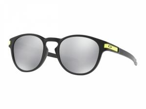 Voir Lunette de soleil OAKLEY Latch Valentino Rossi Signature Series Matte  Black verres Chrome Iridium aaaa8e1e5f54